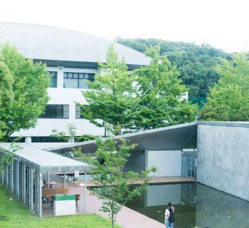 橫濱市立大學